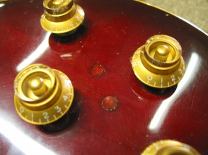 Gibson Les Paul - Body Crack Repair and Goldtop Refin