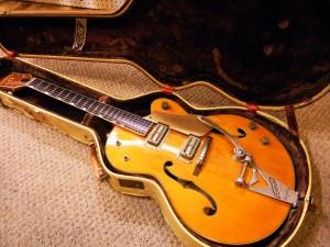 Vintage 1960 Gretsch 6120 Restoration