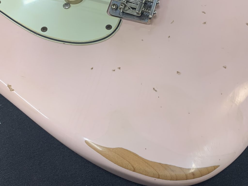 CFW Relic Stratocaster pink